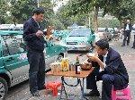 广州严禁出租车司机春节驾承包车返乡引热议