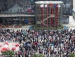 深圳腾讯公司数千员工排长队领红包